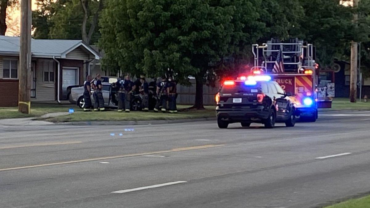 Man dies in crash near 27th Street South and South Seneca in south Wichita