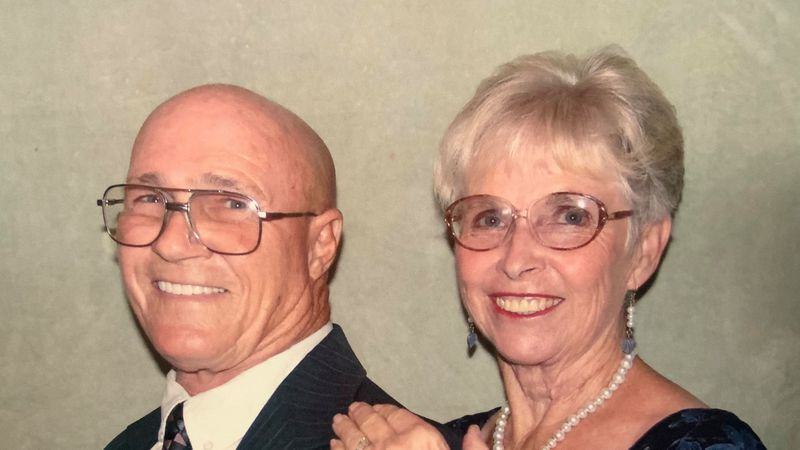 Husband dies of COVID-19 days before Christmas