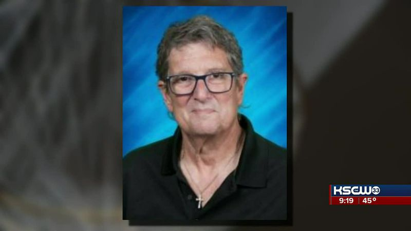 Students take the stage in memory of music director