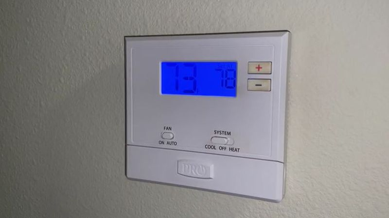 Evergy offers advice on setting your thermostat and conserving energy during summer months.