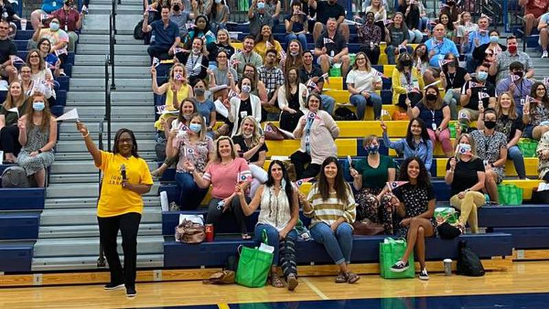 Wichita Public schools hires 400 new teachers for the 2021-22 school year.