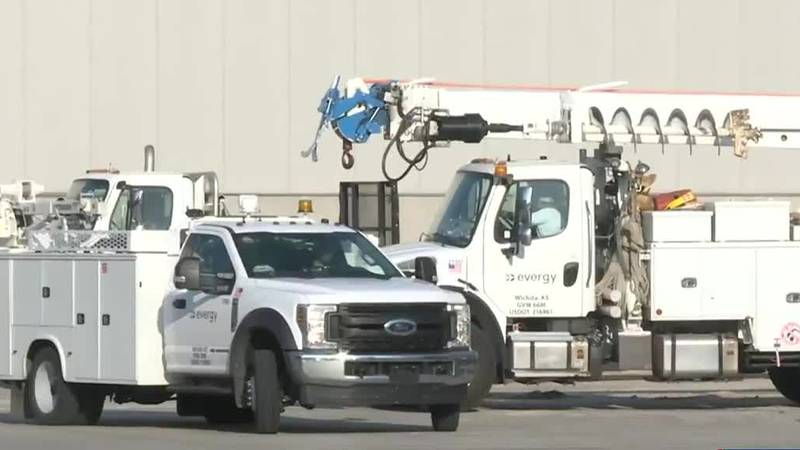 Evergy crews head to New Orleans to help with outages