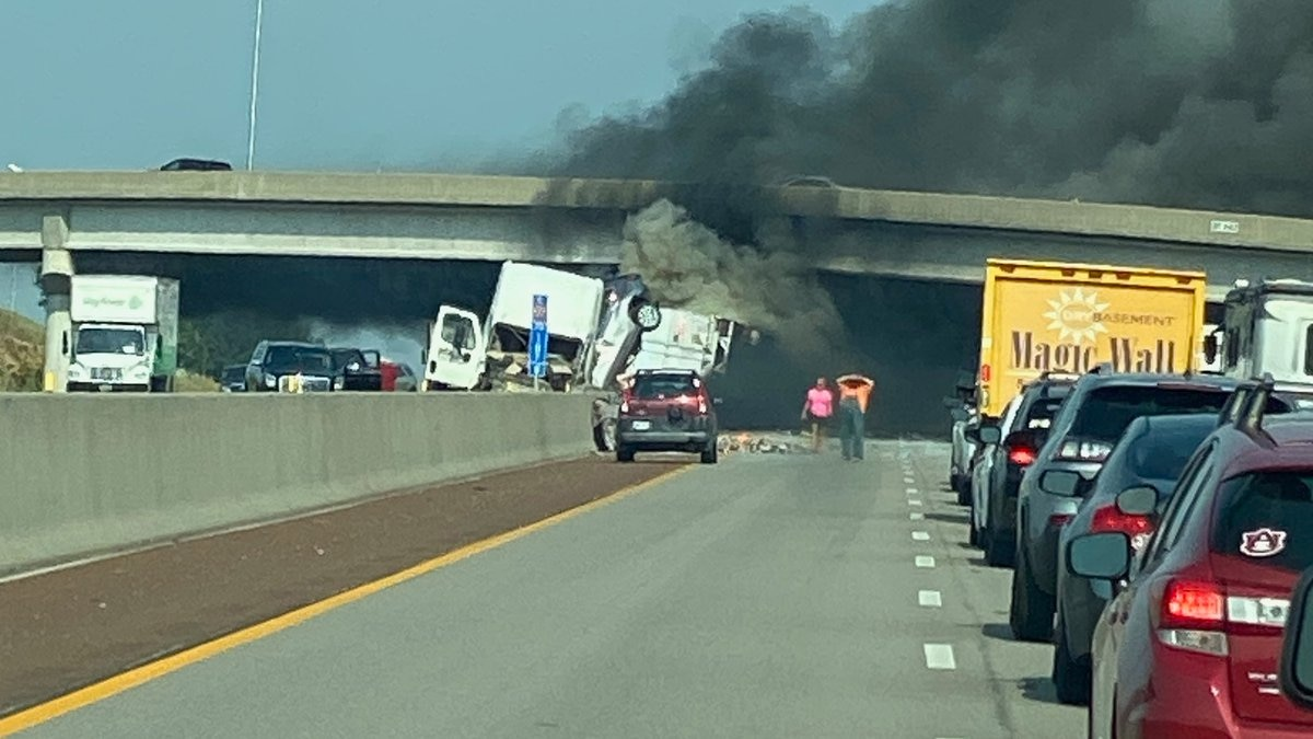 Turnpike accident along I-70 at Topeka Rest Area