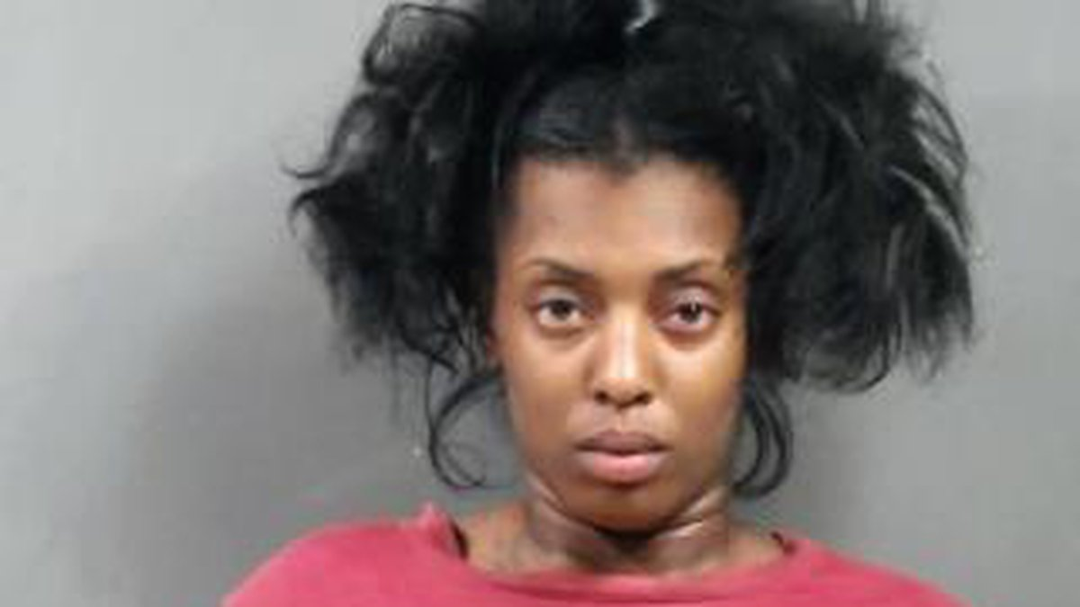 Officers arrest 19-year-old female Mykala Mcalpine on 1 count of agg. battery