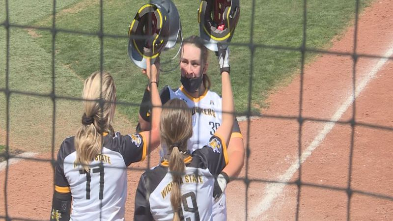 WSU softball reaches Top 25.