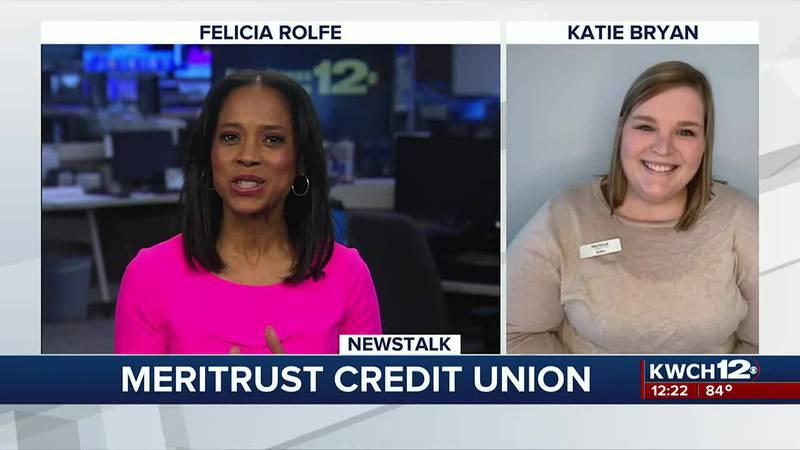 Felicia Rolfe talks money management with Meritrust representative Katie Bryan