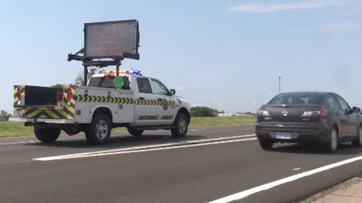 2 people area dead in a vehicle vs. semi crash on I-135 south of Newton