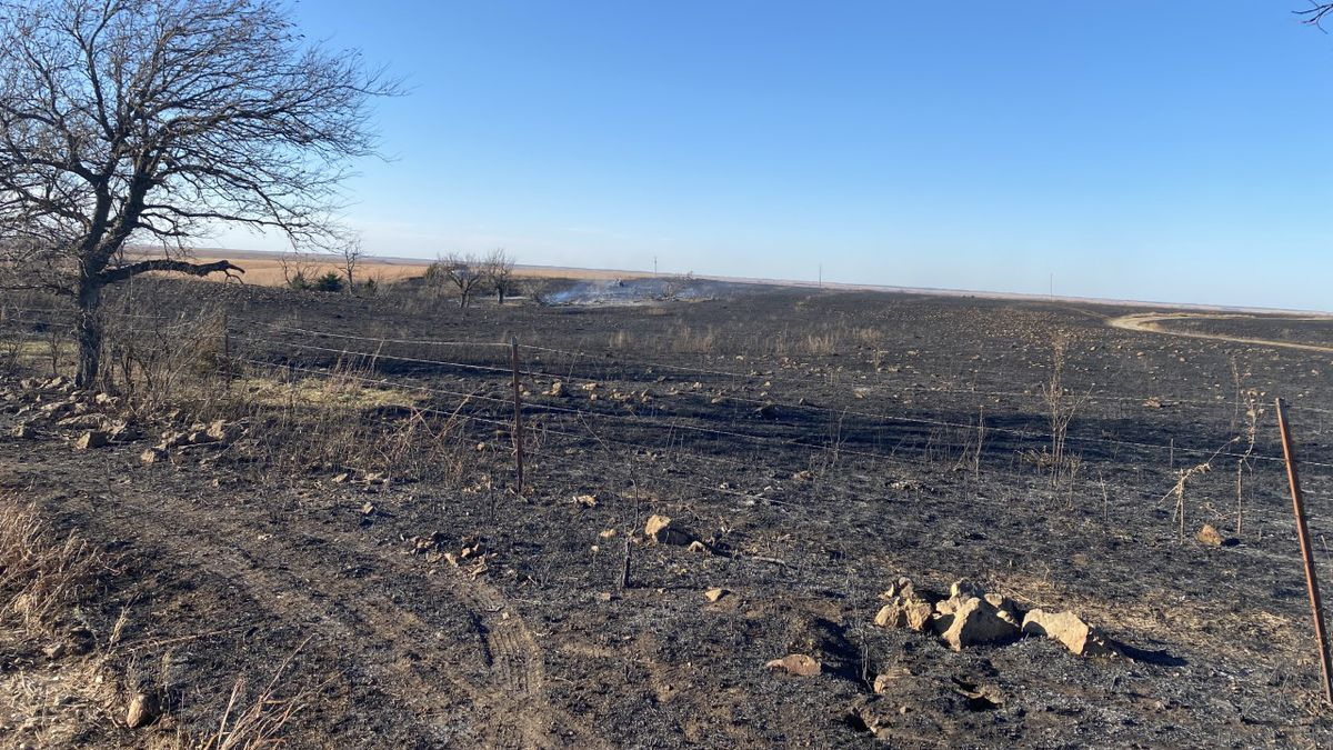 Cowley County grass fire