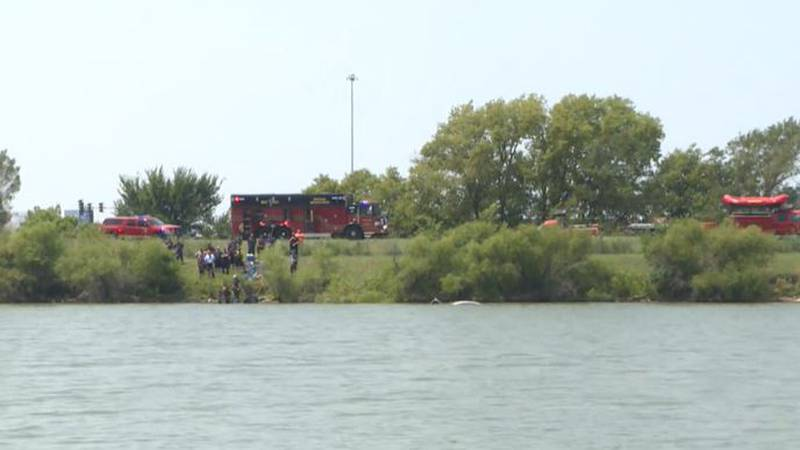 The Kansas Highway Patrol said an off-duty firefighter and 2 citizens rescued a man after his...
