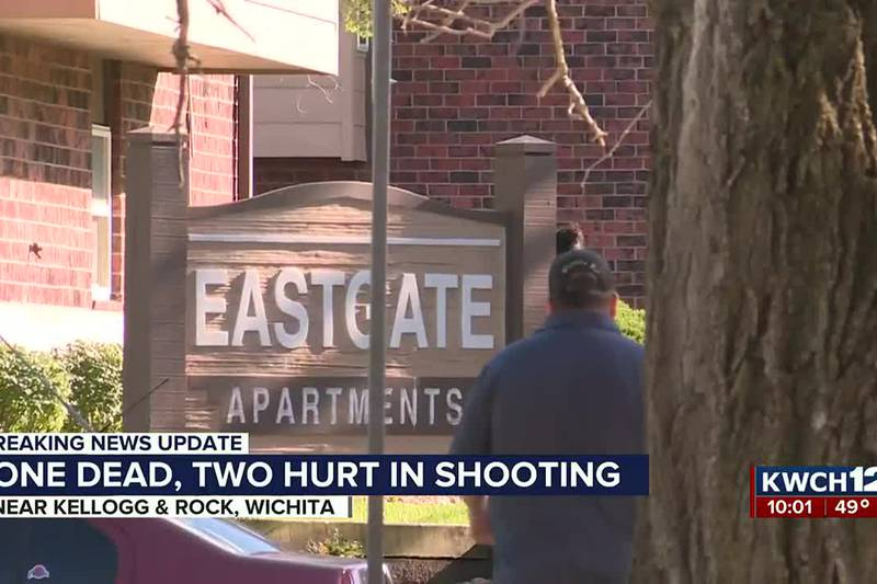 Deadly shooting at Eastgate Apartments