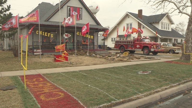 Sedgwick man turns his front yard into Chiefs shrine.